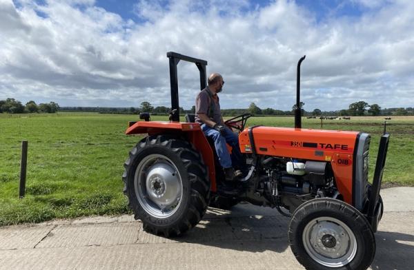 TAFE 35 DI OIB 2WD (37hp) Technical Spec - Tractors UK